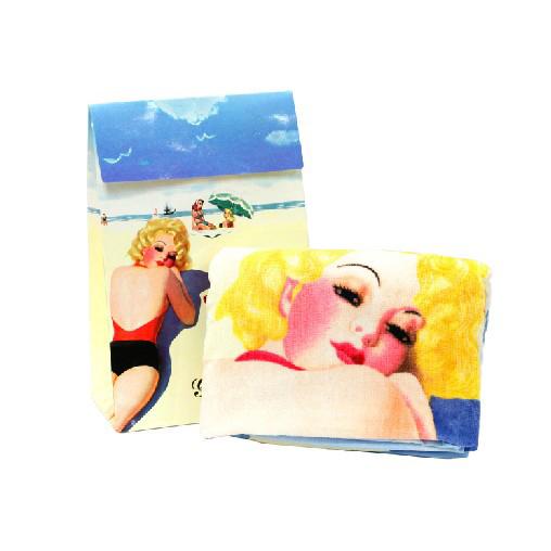 格兰玛弗兰亚马逊沙滩浴巾
